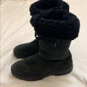 UGG Australia Boots Black Fuzzy Top Size 10